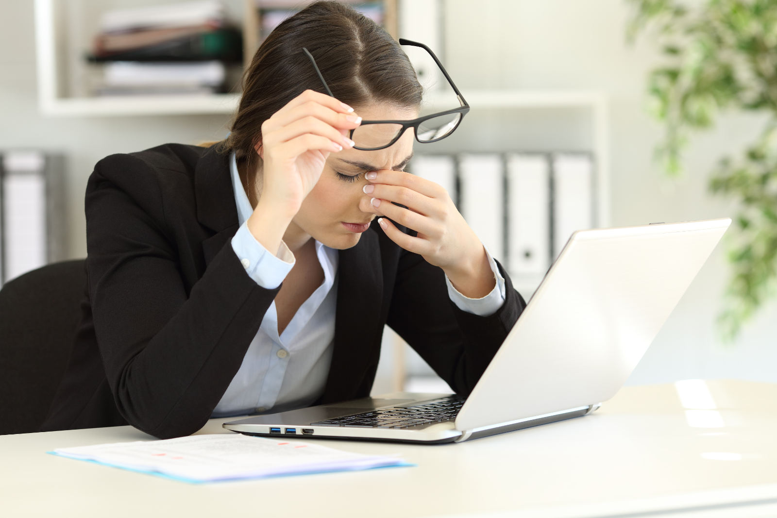 Imagen causas de la astenopia de la Asociación Española de Optometristas Unidos